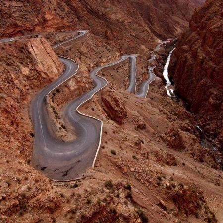 The most dangerous roads in the world (31 photos)