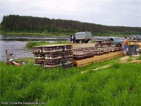 Raft of beer bottles (10 pics)