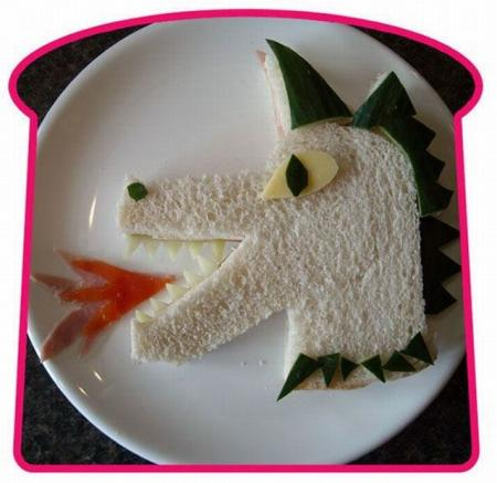 Great art with sandwiches (24 pics)