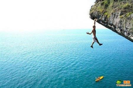 A guy who loves adrenalin (8 pics)