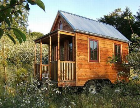 The smallest house in the world (6 photos)