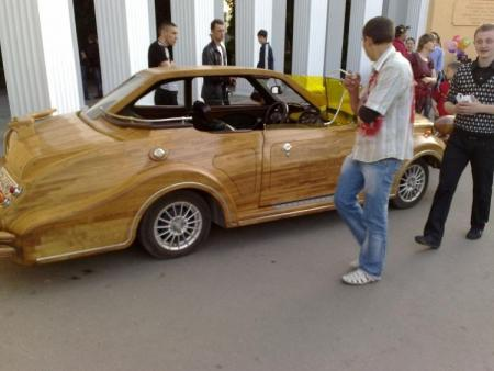 Wooden car (14 pics)