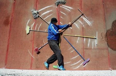 When Graffiti Art comes alive (13 pics)