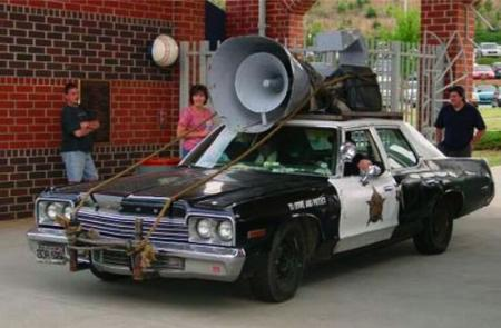 Homemade cars from famous movies (13 pics)