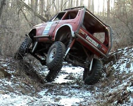 How can you transform a simple car into a monster truck?  (15 pics)