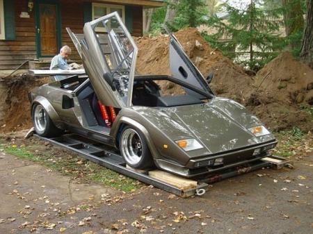 Home made Lamborghini built in 10 years (35 pics)