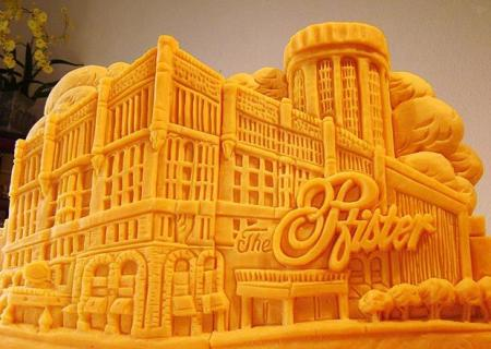 Cheesy art out of cheddar by Lady Sarah Kaufmann (13 pics)