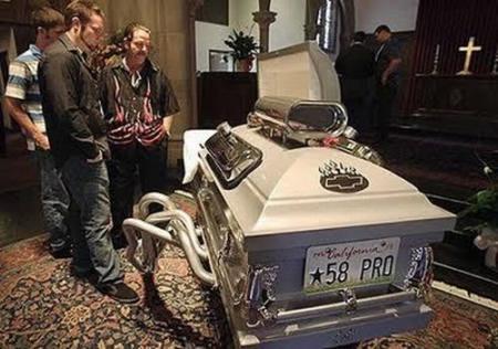 Creative coffins (24 pics)